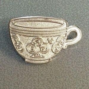 Teacup Disney pin Hidden Mickey